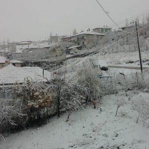 Ankarada yılın ilk karı Yakupabdal'a yağdı