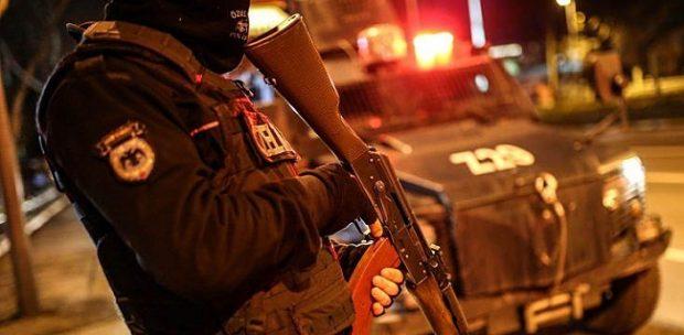 Şok Şok… Ankara'da tekel büfesinden cephanelik çıktı !
