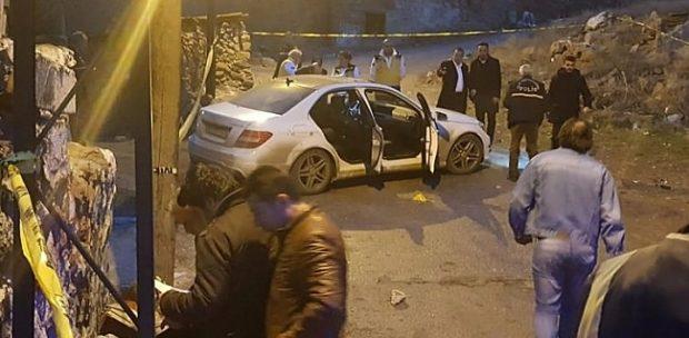 Ankara'da kalaşnikofla otomobili taradılar!!
